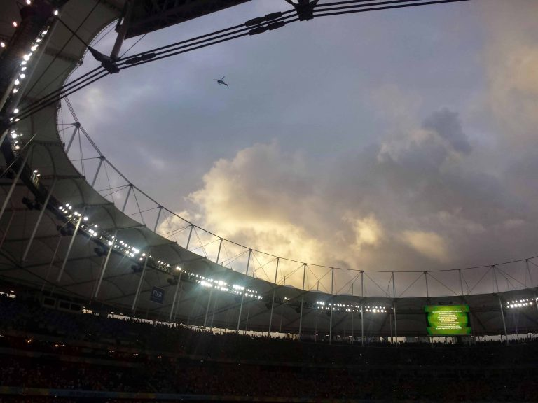 estádio por do sol